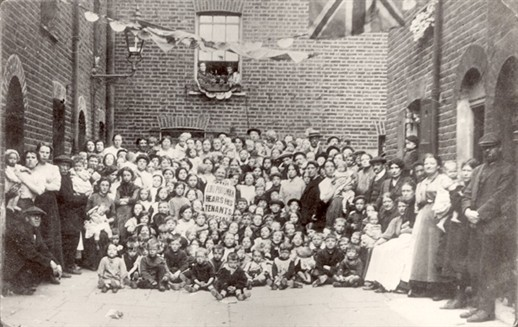 Photo:Group portrait of Lord Portman's tenants of Wilcove Place, Church Street, Lisson Grove. Conveys conditions under which many working-class families lived in London. 1915.