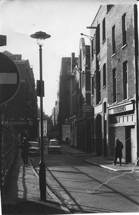 Photo:Shelton Street in the early 80s, traffic running towards Endell Street.